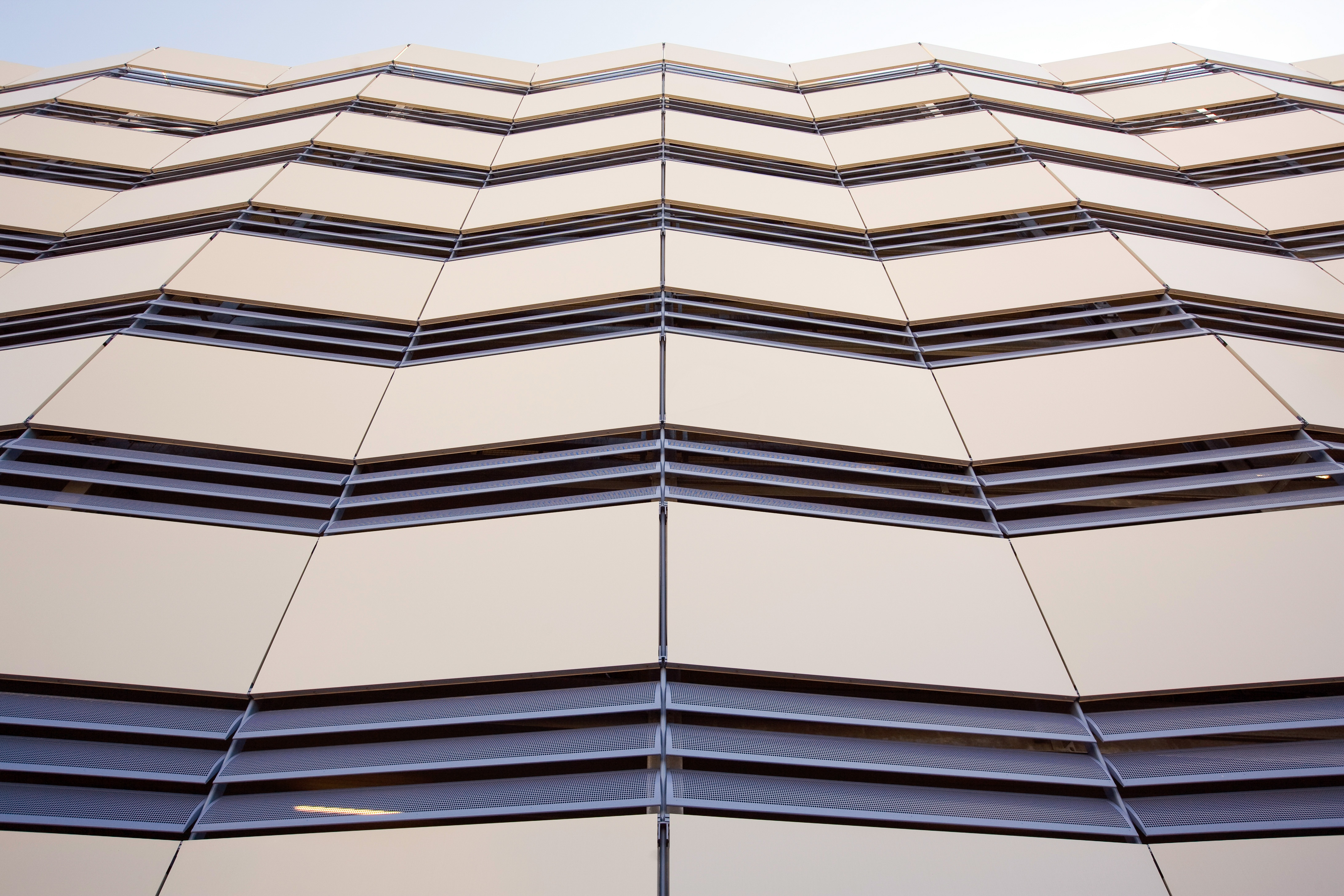 ADDENBROOKES_HOSPITAL_ARCHITECTURAL FACADES_STD_CAMBRIDGE_4STAR (2).jpg