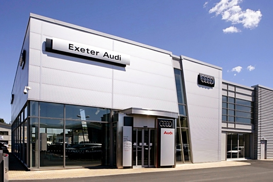 Maple supplied 18 roller blinds at Audi Exeter