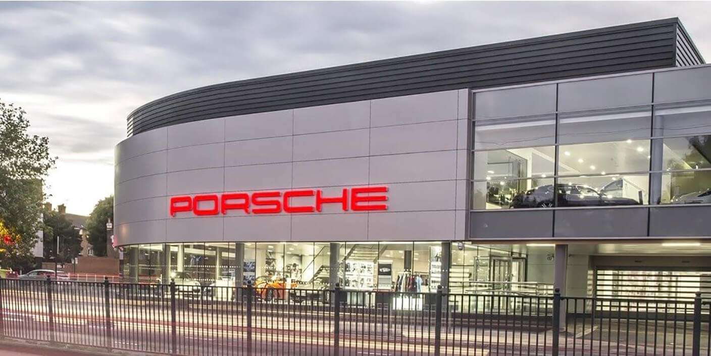carousel porsche dealership-opt