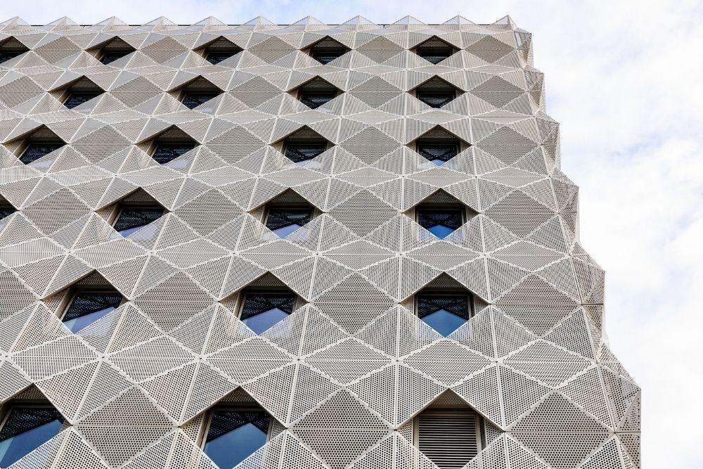 circle square architectural facade 1